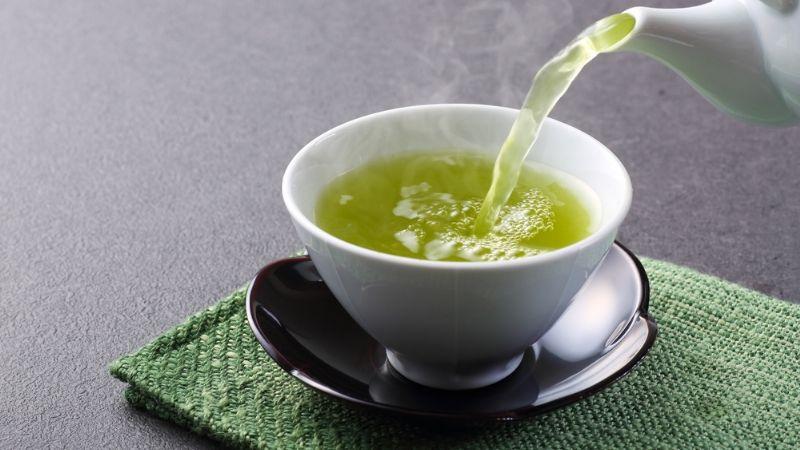 ¿Cómo tomar el té verde para adelgazar el abdomen?