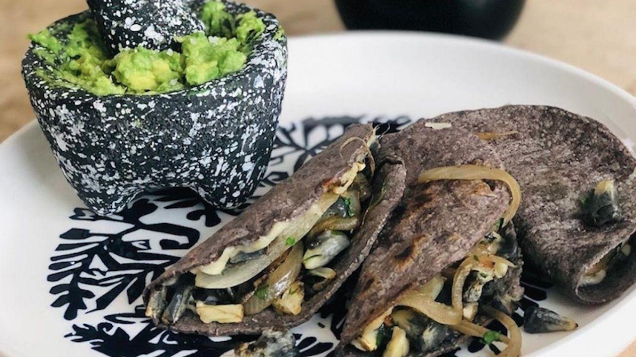 Qué Puedo Comer Hoy Receta Para Preparar Unas Quesadillas De Huitlacoche Gastrolab